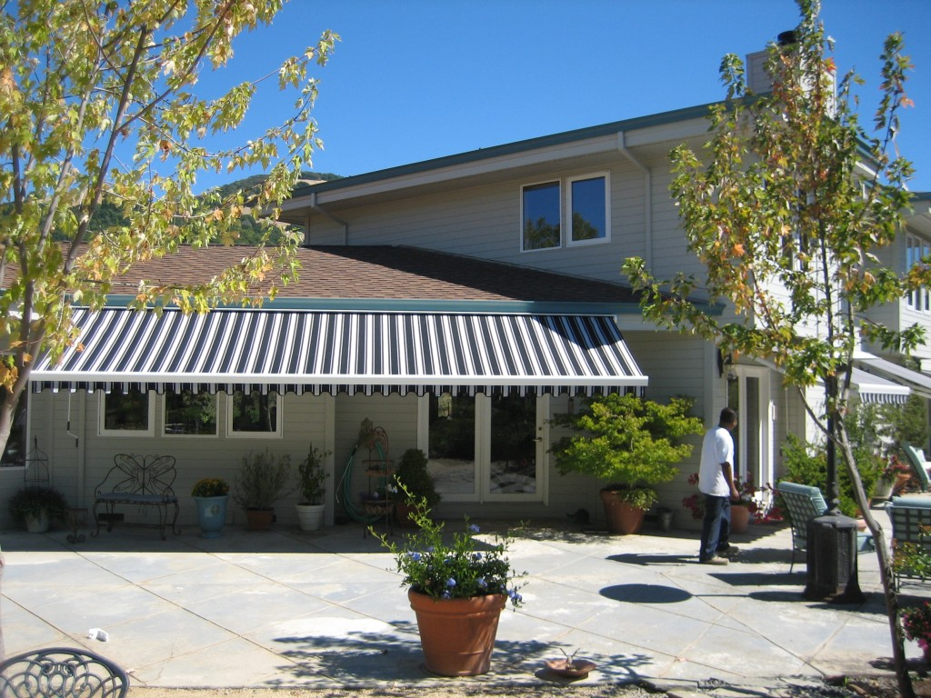 retractable_awning2b