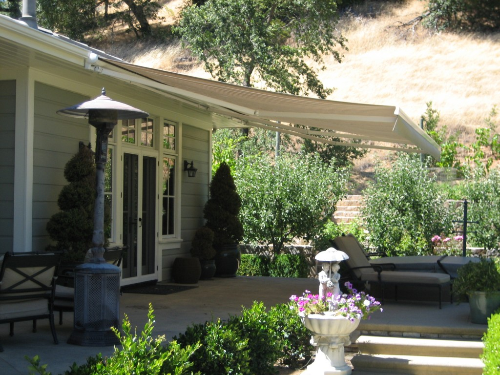retractable_awning3b